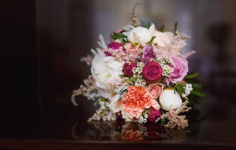 buchet mireasa, buchet nasa, buchete nunta Sibiu, buchete mireasa , flori nunta Sibiu, buchet bujori
