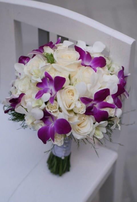 buchet mireasa, buchet cu orhidee, buchet cu orhidee si trandafiri, buchete nunta, buchete nunta Sibiu, buchet mireasa Sibiu,