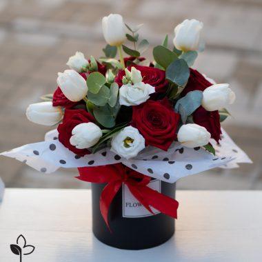 Cutie flori , cadoul perfect, aranjamente florale, flori Sibiu